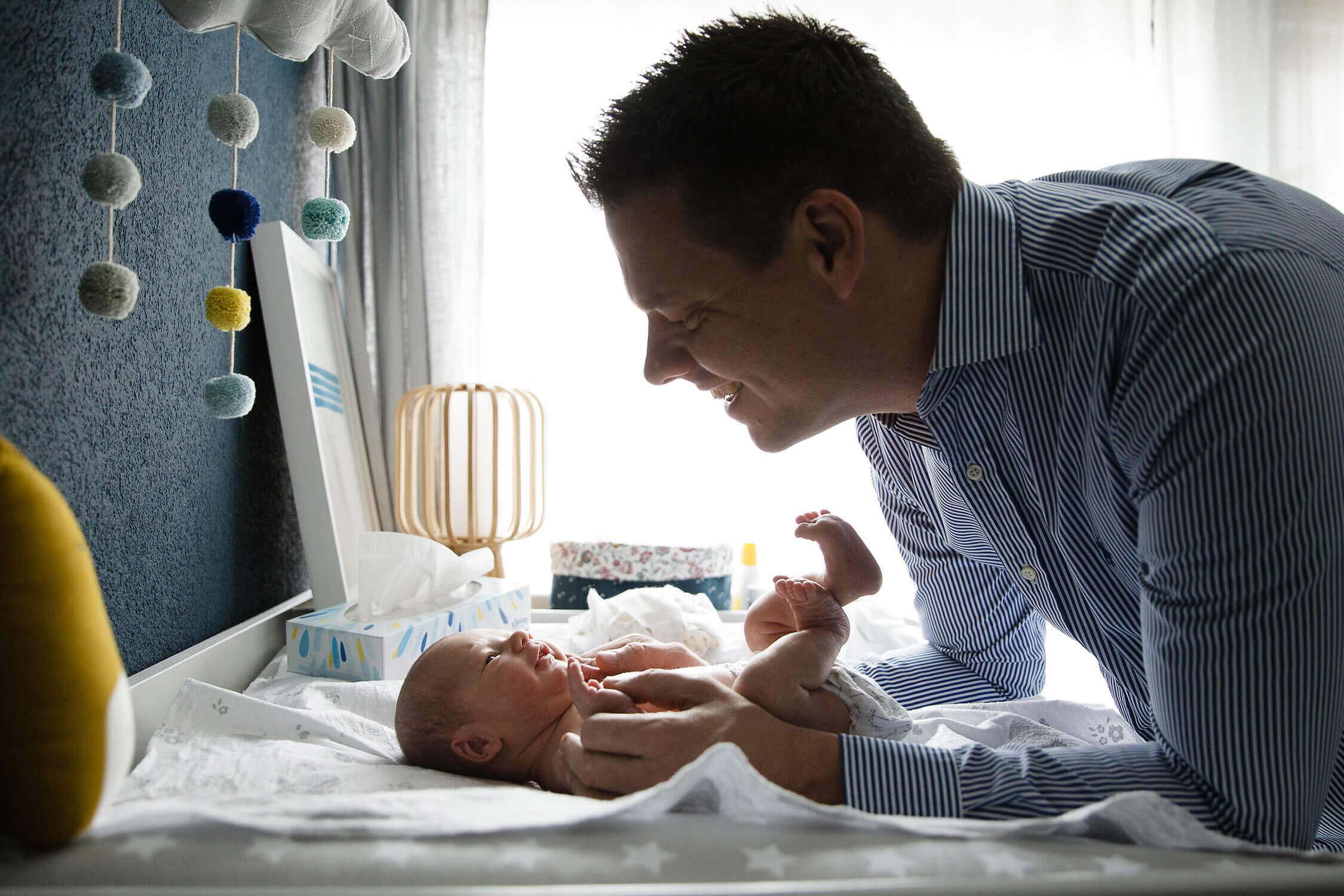 natürliche-Neugeborenenfotos